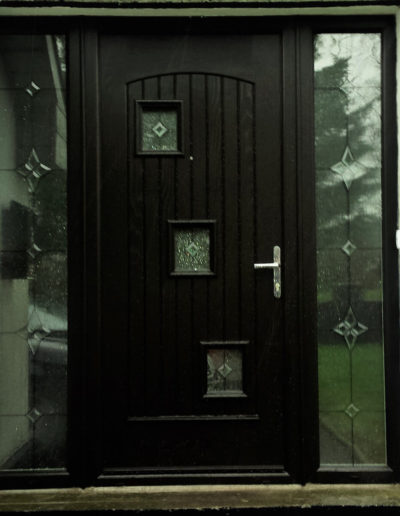 Palladio London door with full glass sidelights
