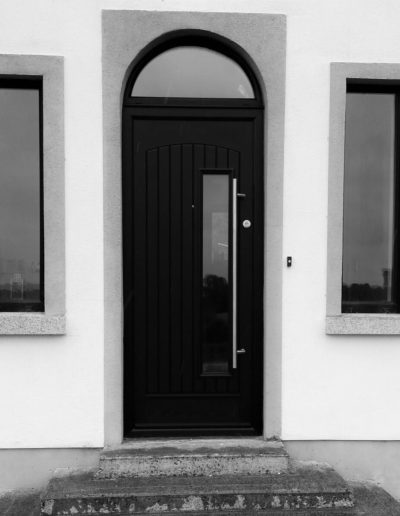 Palladio Rome door with arch in Black
