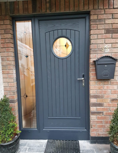Palladio Viking door with sidelight in Anthracite Grey