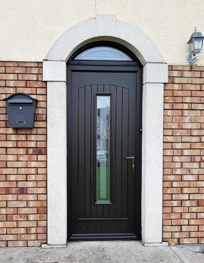 Seville Door with TG 169 Satinized glass